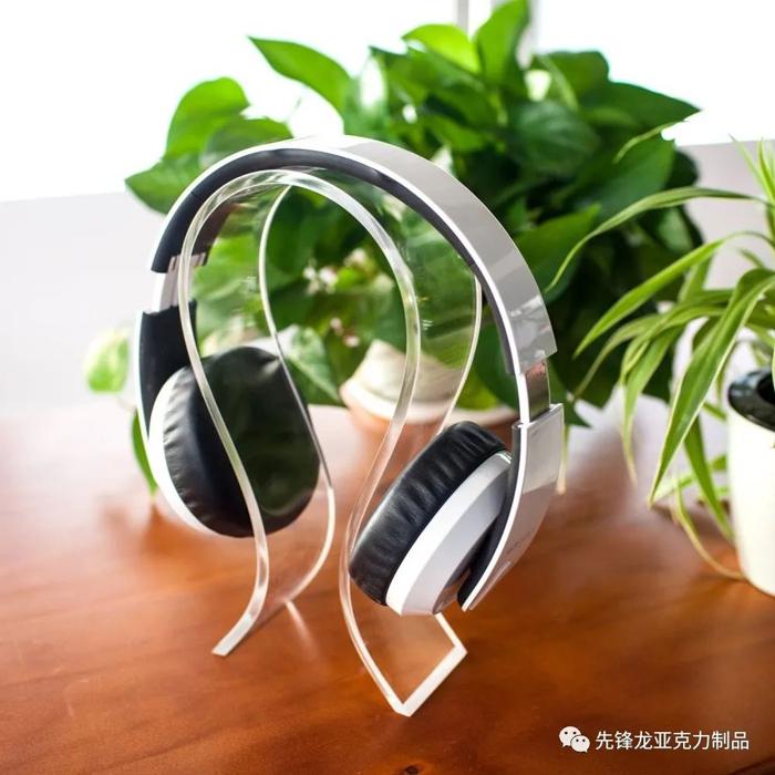象形耳机展示架