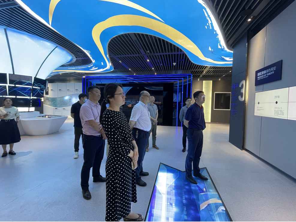 图灵人工智能研究院企业家一行到访国家网络安全基地孵化器参观考察