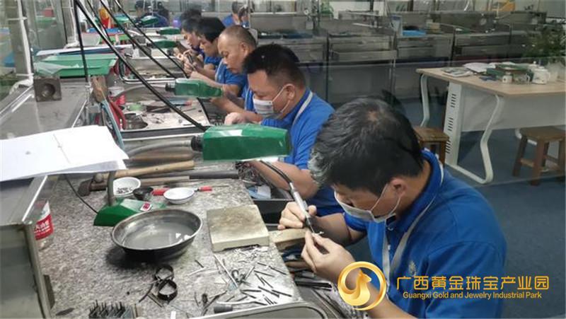 贺州:加快重大项目建设 推动经济高质量发展