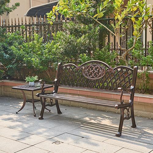 Cast aluminum bench / В ролях алюминиевая скамейка