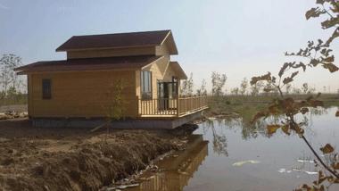 湖边木屋20