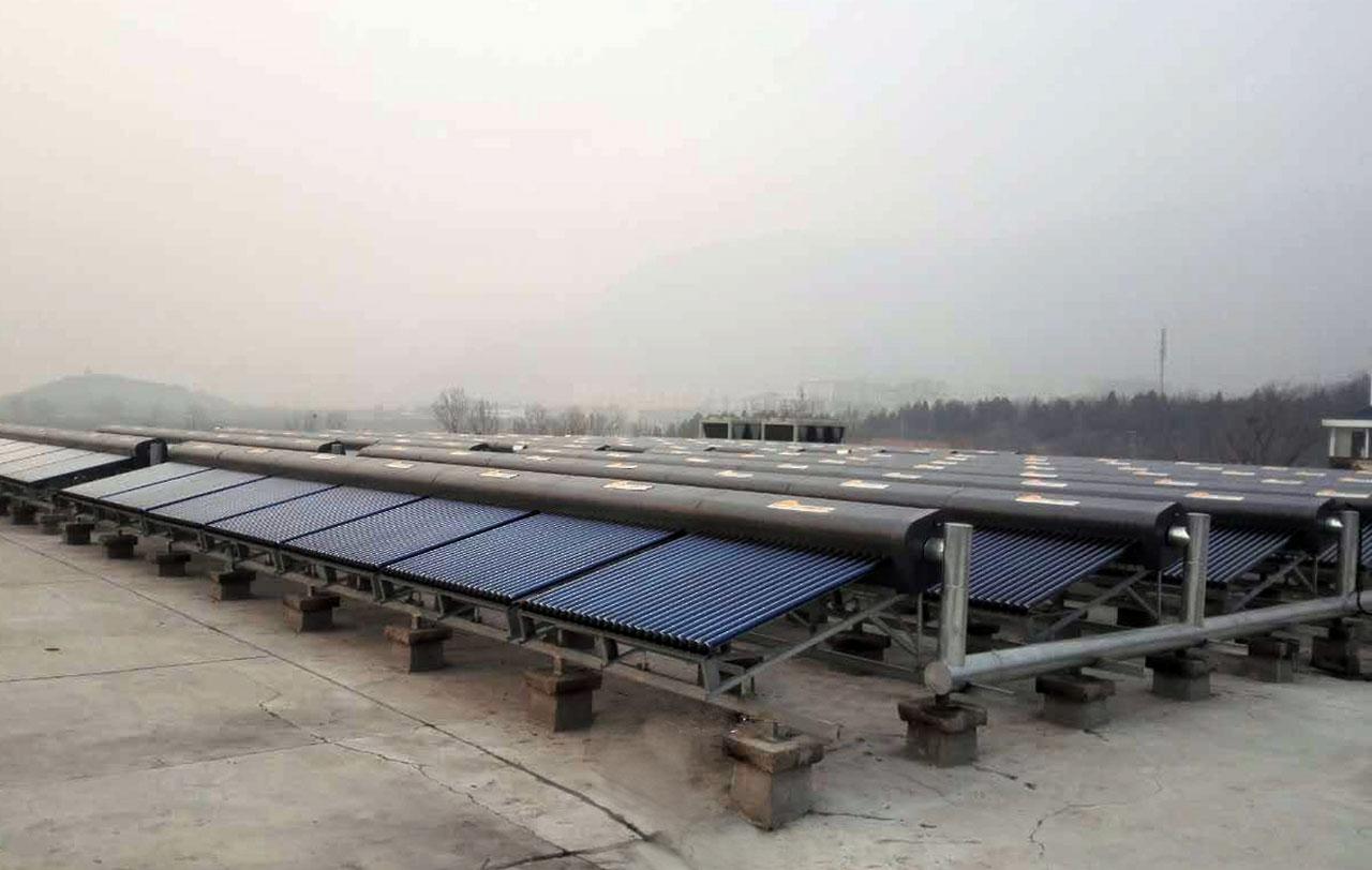 北京师范大学京西分校无动力太阳能热水系统