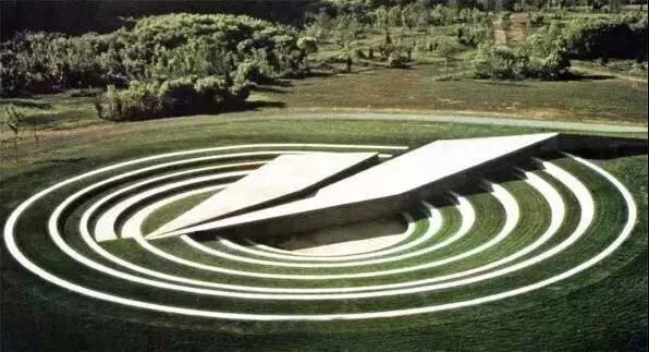 蜿蜒曲折--景观中的曲线设计