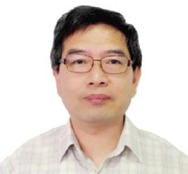 万庆历教授