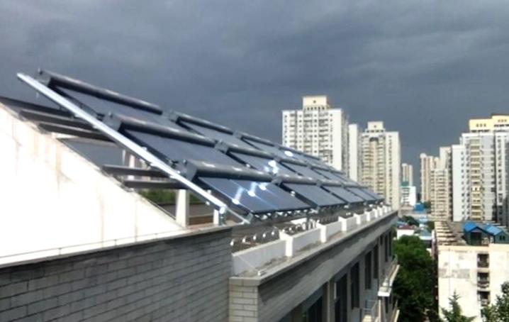 北京市第二外国语学院附属中学太阳能热水系统