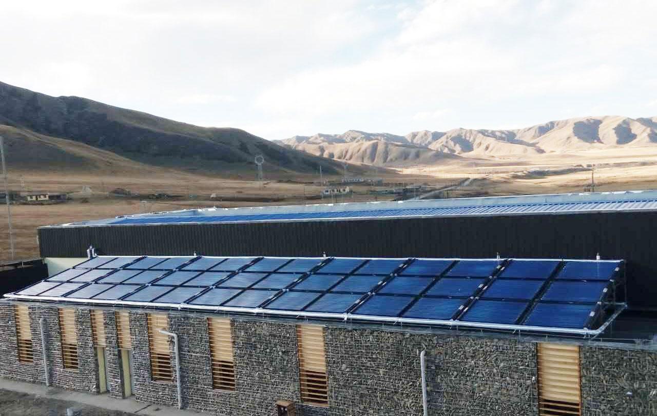 意大利岗日梅朵奶厂太阳能热水系统
