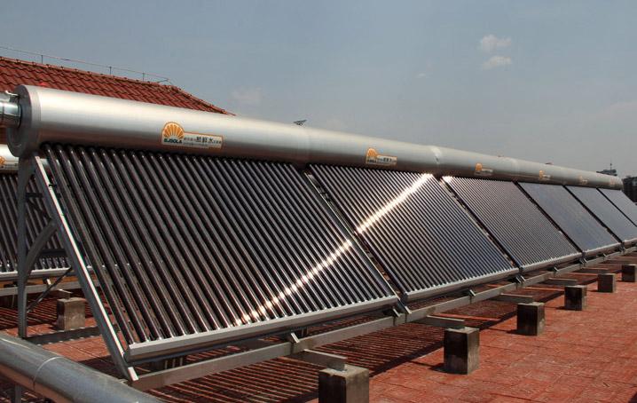二炮综合车库太阳能热水系统