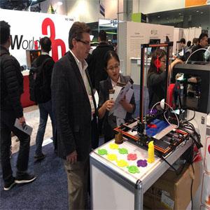 CES会展现场直播,爱能特最新3D打印机首次亮相!