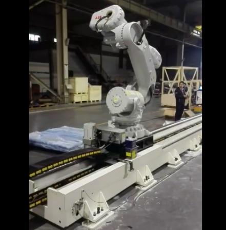 机器人第七轴行走轴