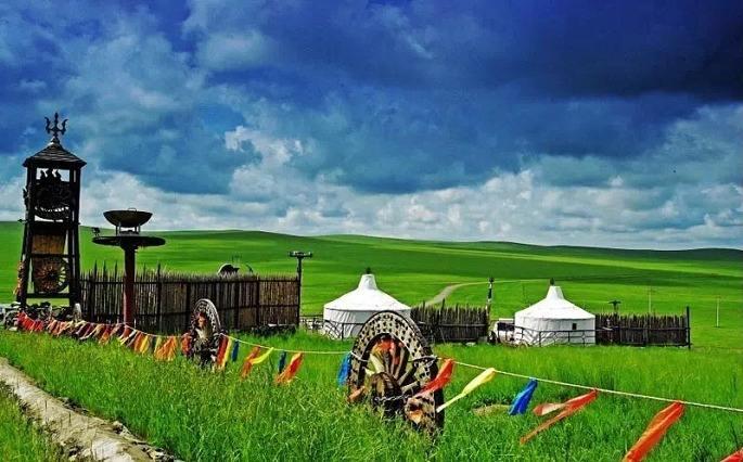 我们会带你深入中国最美的草原,领略草原的壮美景色