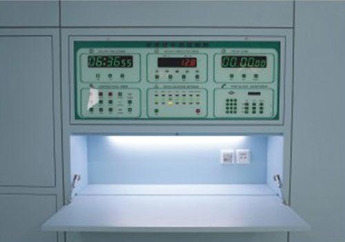 情報控制柜