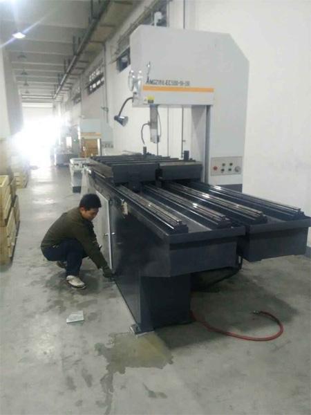 立式锯床 (3)