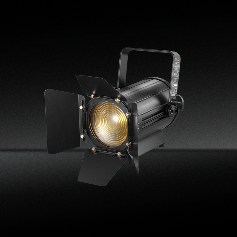 100W Led Fresnel Spotlight with zoom