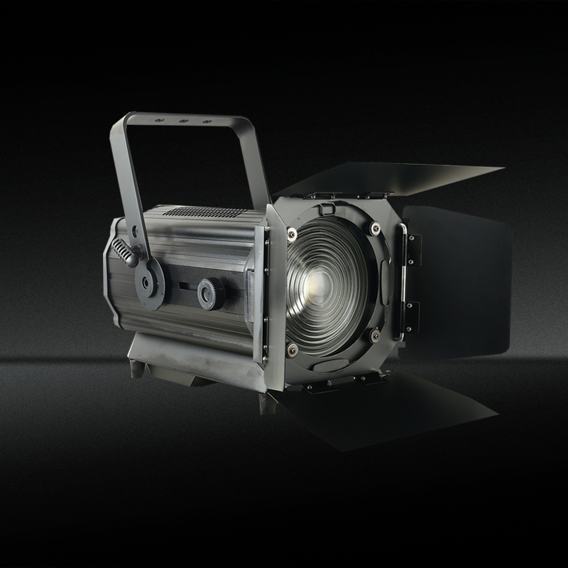 150W/200W/300W LED Fresnel Spotlight with zoom