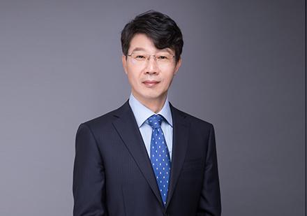 Xiangyu Hou