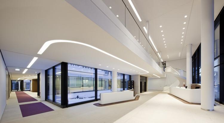 大空间稳重风格办公室,这样设计预算轻松掌控。