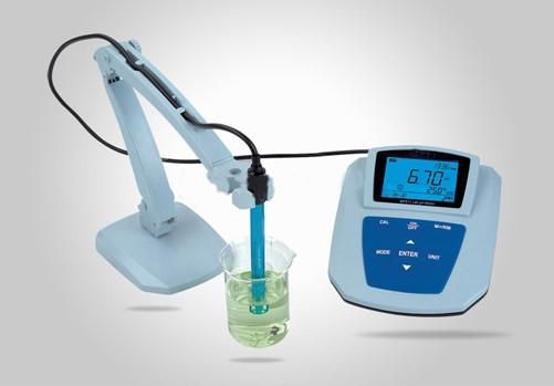 实验室PH分析仪