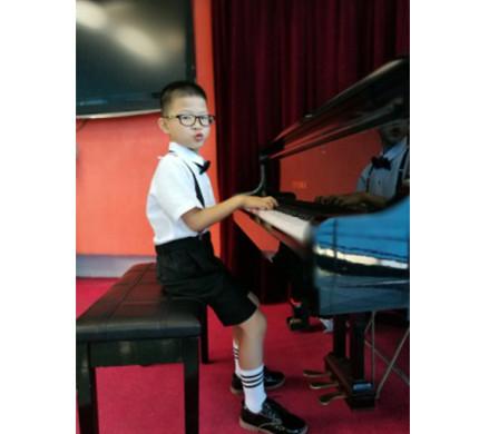 钢琴四级优秀考生-池其桓