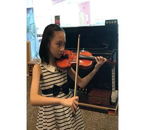 小提琴三级优秀考生-柳君秋