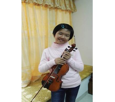 小提琴六级优秀考生-许靖曈