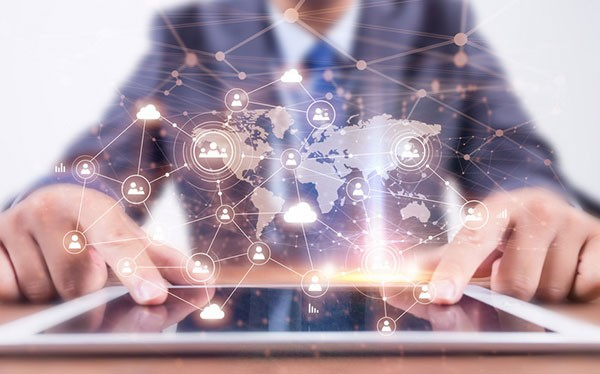 万博体育appios灶产业升级 全速迈入智能化时代