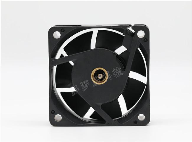 定制充电风扇如何安全使用