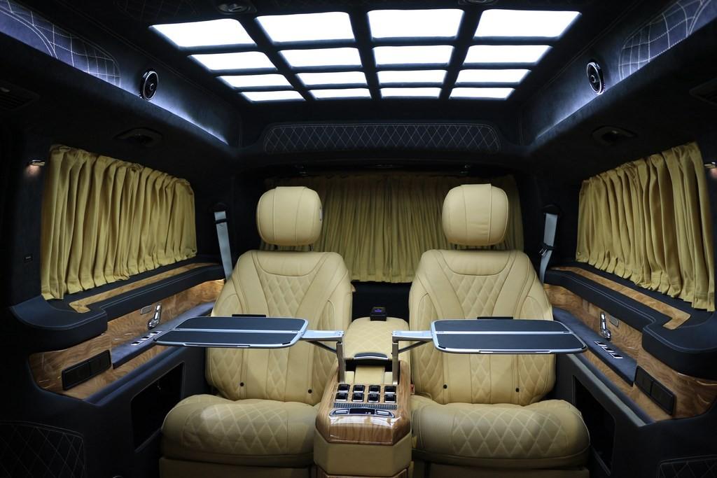 奔驰|v260商务房车4+2座总裁版