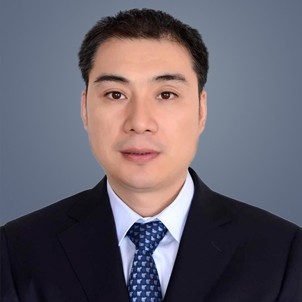 總裁 劉屹