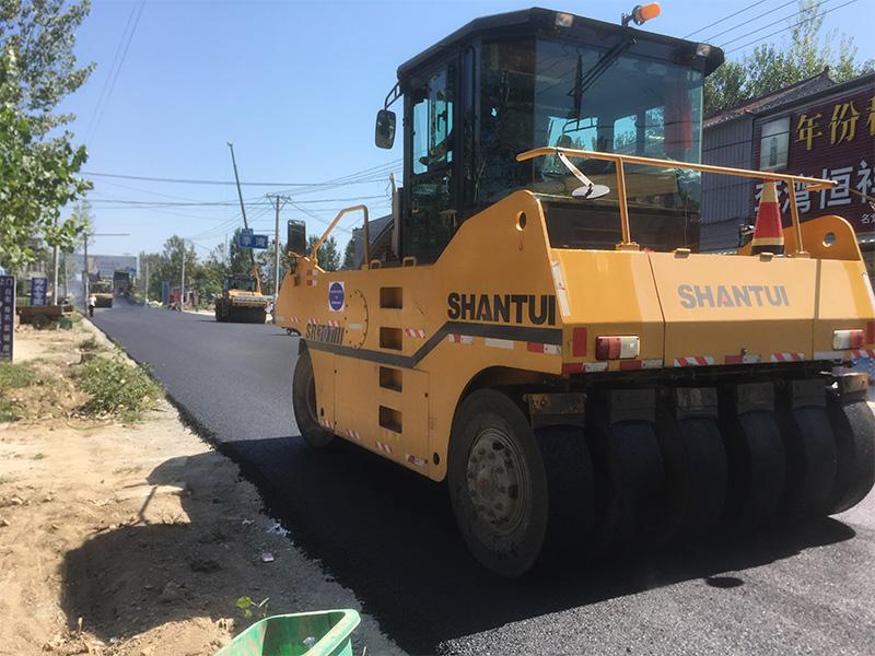 公路路面施工