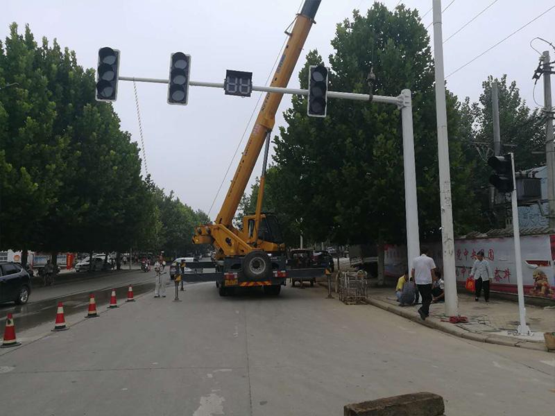 交通燈具安裝施工