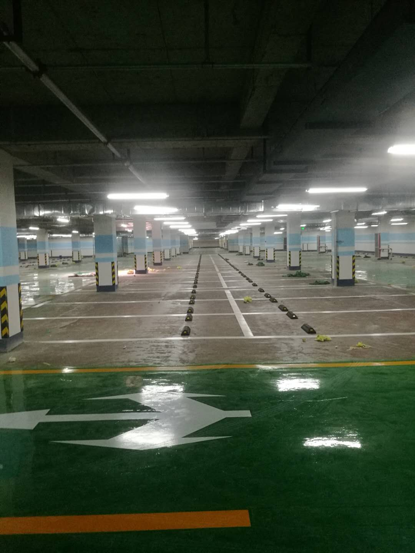 地下停车场树脂地坪施工