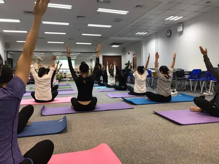 昂纳舒悦瑜伽社正式开班啦!