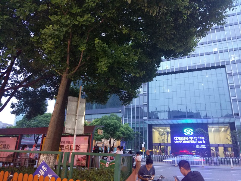 新华路成熟商圈餐馆外卖店优转