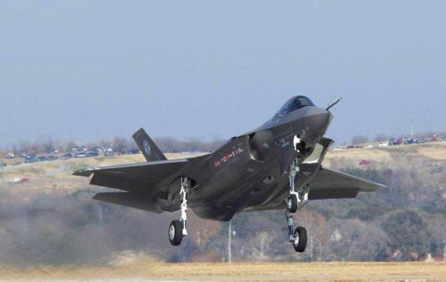 F-35战机的多个零件基于钛合金3D打印技术完成