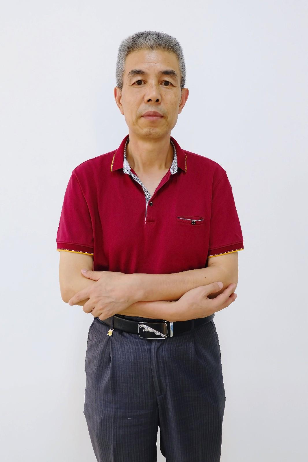 黄冈名师、中学数学高级教师-张老师