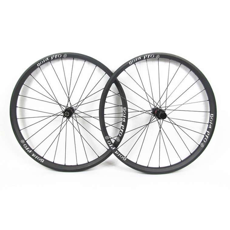 27.5er 27mm wide MTB carbon wheelset with DT240s