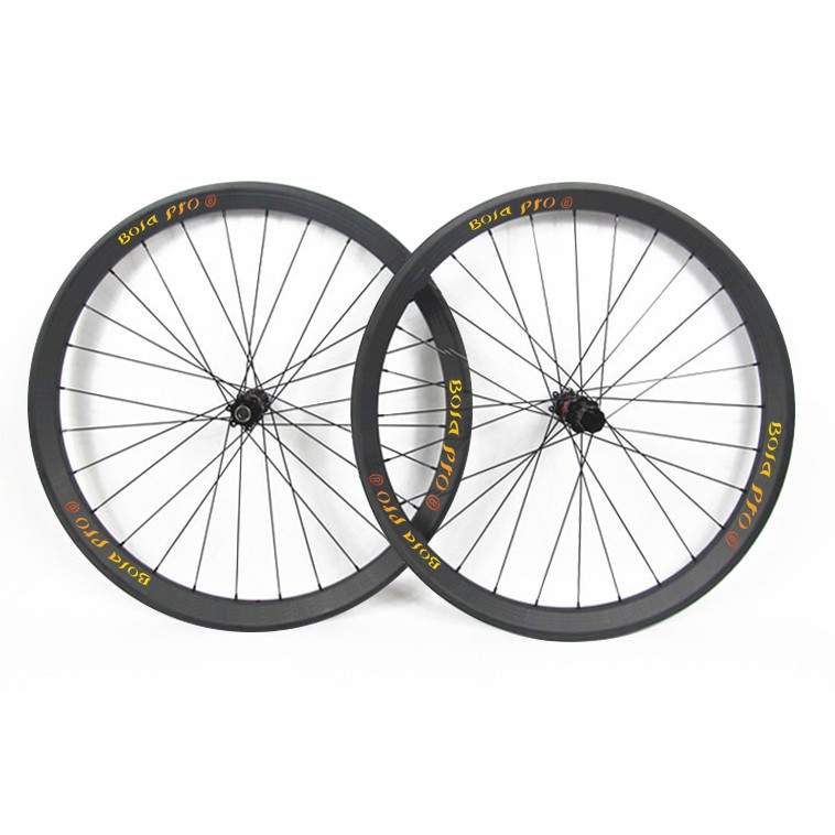 27.5er 30mm wide MTB carbon wheelset with DT240s