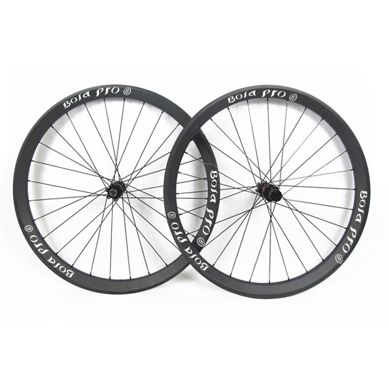 29er 30mm wide MTB carbon wheelset with DT240s