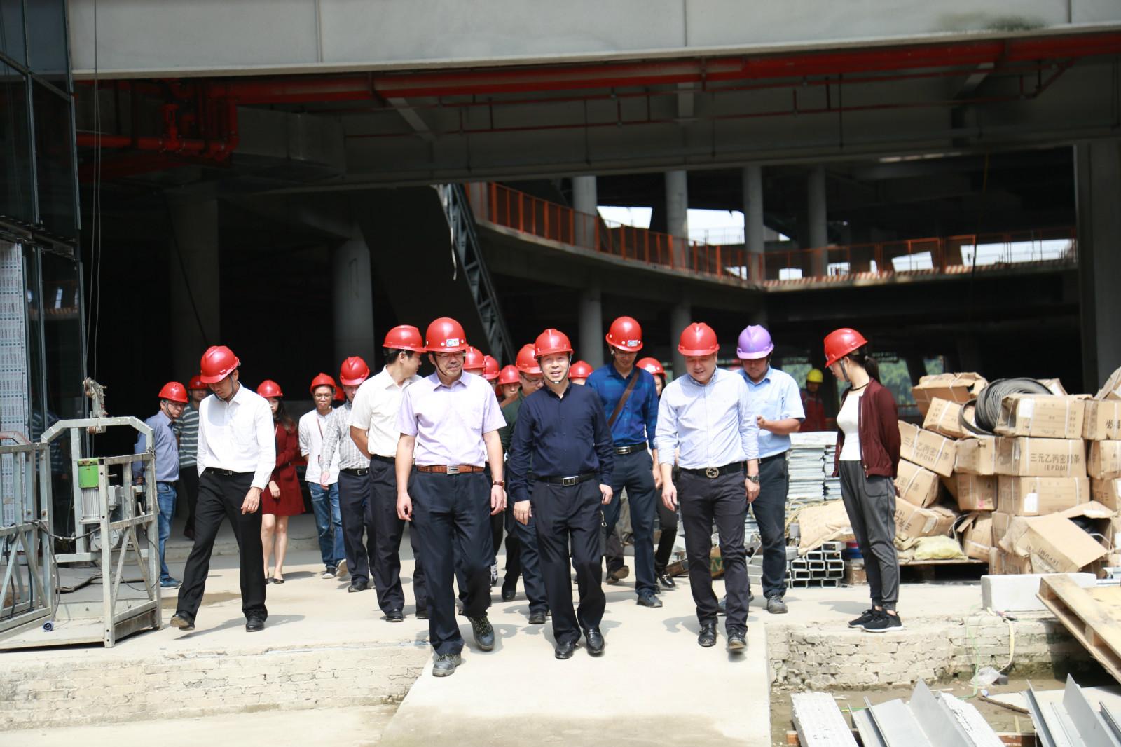 省政府办公厅调研组吴玉明一行到凯达尔枢纽国际广场项目考察调研