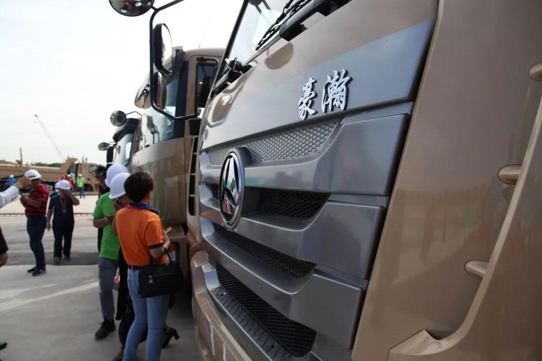 热烈祝贺深圳市新型泥头车启动仪式圆满成功