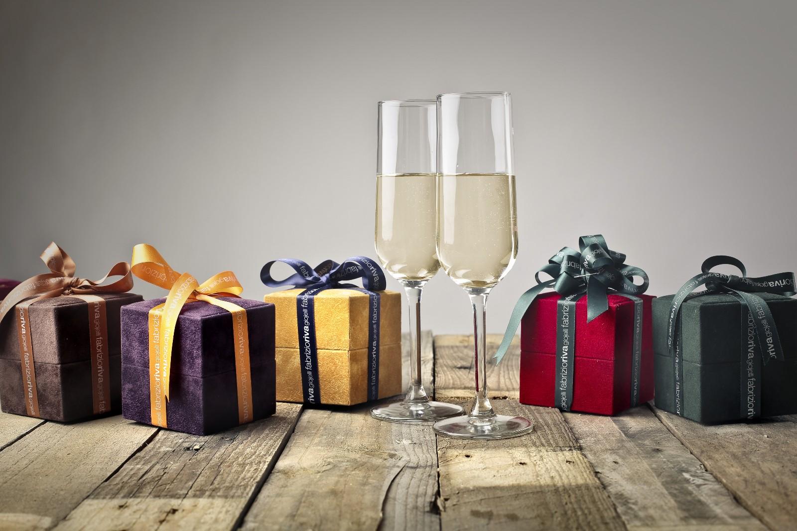 节日到了,教你三招给客户送出最好礼!