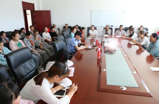 德赢vwin客户端vwin德赢官方举行法治教育培训活动