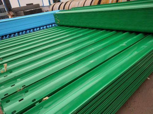 高速公路波形护栏板及配件规格