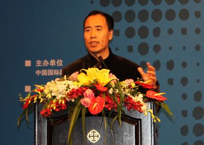 王兆星:银行业综合经营风险可控