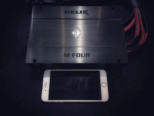 德国HELIX M ONE功放 强大的有源分频与1Ω稳定