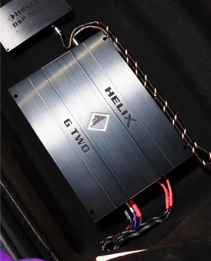 速度与激情!保时捷718音响升级德国HELIX G TWO两路功放