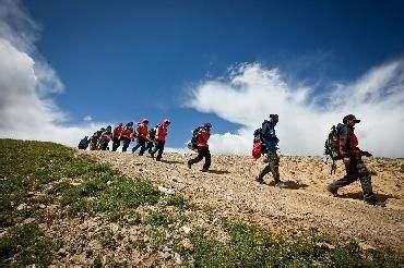 徒步拓展训练活动心得体会