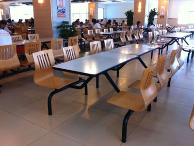 校用餐桌椅