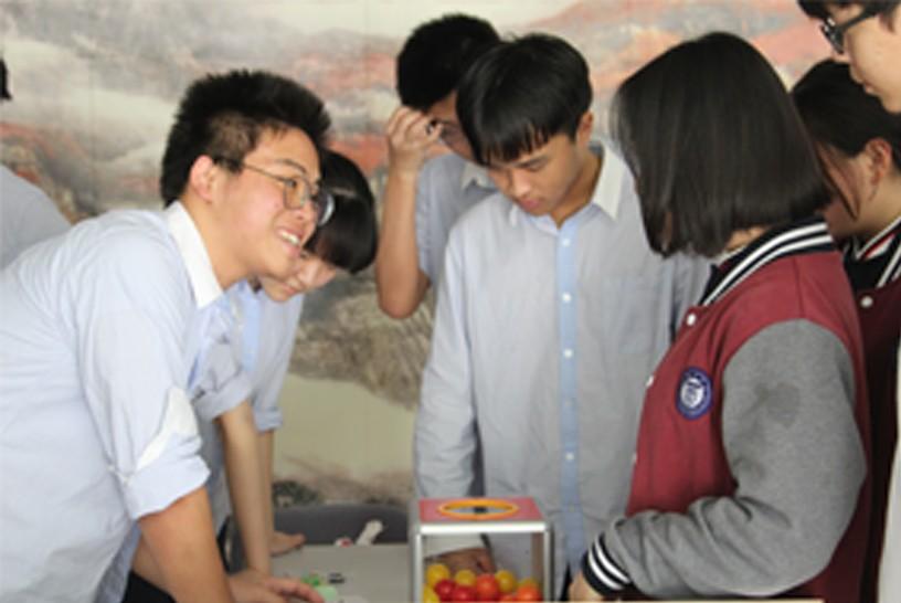 南京汇点慈善义卖助力西藏扎雪乡小学