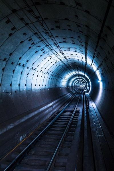 地铁漏水原因分析